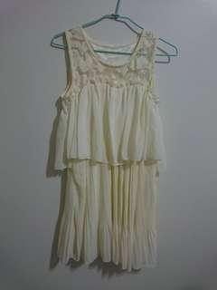 🚚 米白色小洋裝 氣質小禮服