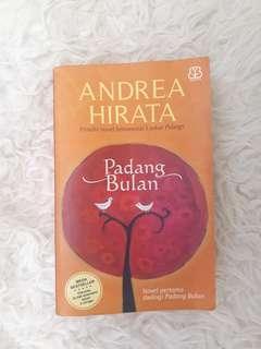 Padang Bulan & Cinta di Dalam Gelas oleh Andrea Hirata