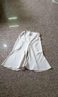 Flare culottes white collar concept