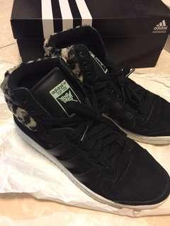 Adidas 高筒毛毛 波鞋 (US8)