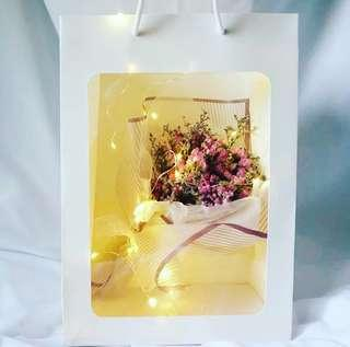 🌹「Romantic Dreamer」Korean Baby's breath Dried Flower➕greeting card➕fairy lights✨Valentine's Day Special✨