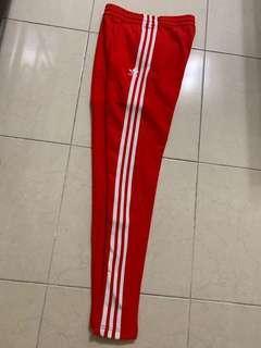 🚚 Adidas originals track pants 紅 褲 女