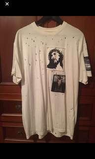 🚚 Givenchy t shirt