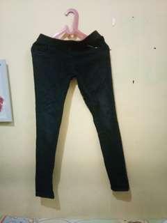 (P) Jeans hitam pinggang karet
