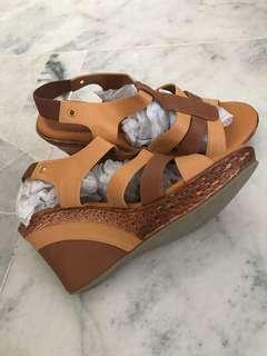 Brand New XES Wedges