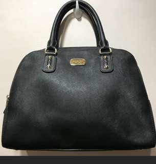 Preloved Michael kors bag /sling
