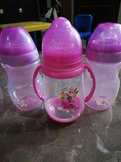 Sippy cups/bottles