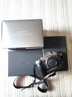 Fujifilm XT-1 Graphite Silver Edition