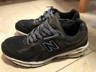 NB MR2002 US8.5 總統慢跑鞋 990 991 996