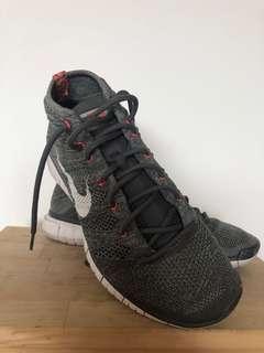 Nike Flyknit Chukka in Grey (Men's) - US9