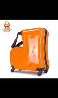 Luggage kid sit @ ride with safety belt