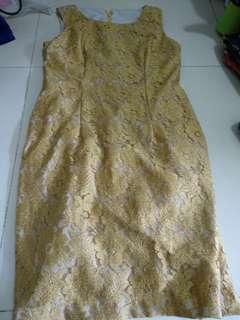 🚚 Lovely golden dress