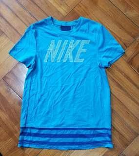 全新Boys Nike T -shirt (男童 size)