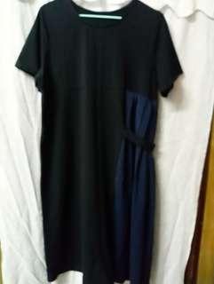 黑色 寶藍色百摺 短袖 連身裙