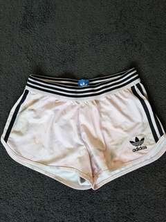 Adidas printed shorts 3 stripes size 6
