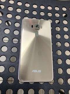 8.5成新 華碩 zenfone 3 ZE552kl 金色 64G