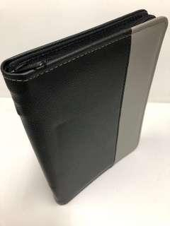 Grey & Black A5 zippier Portfolio/ Grey & Black A5 zipper folder