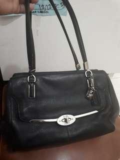 PRE- LOVED COACH HAND BAG