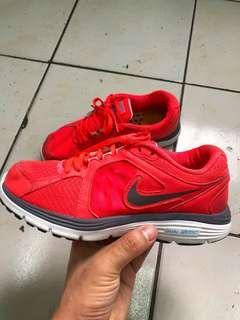 Nike Dual Fushion