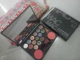 Mac fashion make up kit