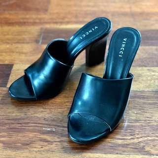 Vincci Black Heels (Size 39)