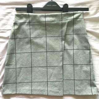 🚚 BNWT New Look Grey Checkered Skirt