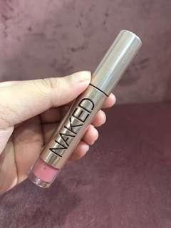 Urban Decay Naked Gloss in Liar