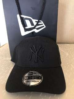 New Era Cap with Paper bag and receipt