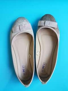 The little things she needs size 39 tltsn