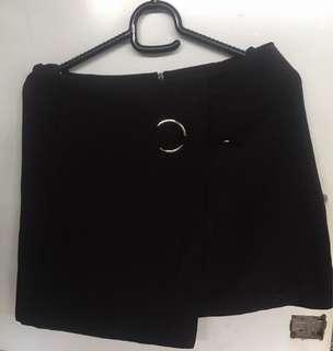 Skirt pants hitam