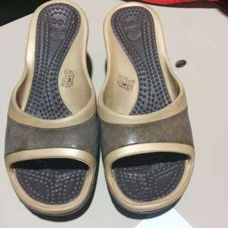 2 for 600/ 350 each Crocs