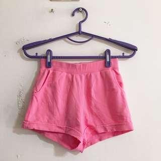 🚚 Lativ 150公分痛粉色短褲 pink shorts for kid 150cm (3 items$100)