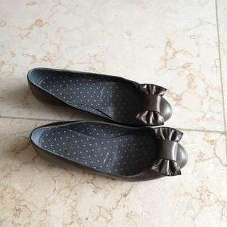 Moschino cheap and chic flats 37