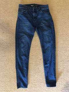 Size 9 Riders by lee Jeans - mid rise RRP - $120