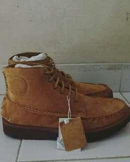 Boots cowo