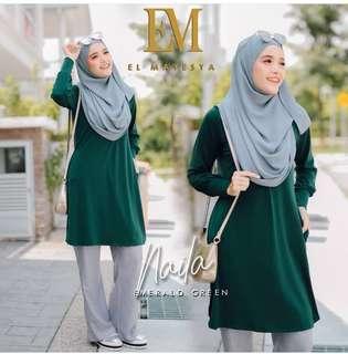 Naila blouse size XL