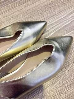 Brand New Gold Pointed Flats from NZ