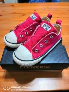 Converse Kids size 9