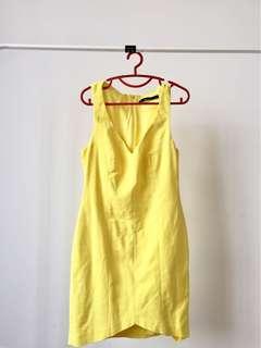 Zara Trafaluc Yellow Vneck Dress