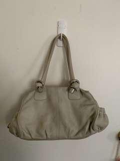 oroton cream shoulder bag