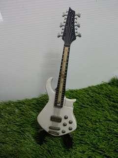 🚚 電吉他造型打火機(附架子)
