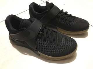 Nike 籃球鞋 US9
