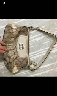 Coach shoulder bag pouch