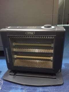 電暖爐一個