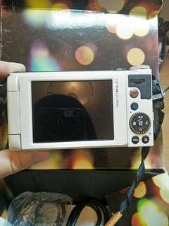 🚚 BenQ G1 可自拍 類單眼相機 ♥