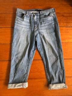 UNIQLO Boyfriend Jeans ✨