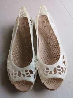 Crocs size 8