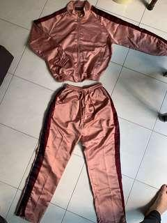 🚚 Casual sportswear 长袖衣+长裤