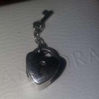 Original Pandora Key to my heart charm