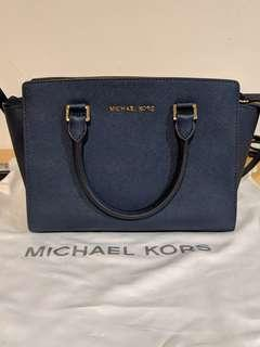Michael Kors Medium Selma Navy